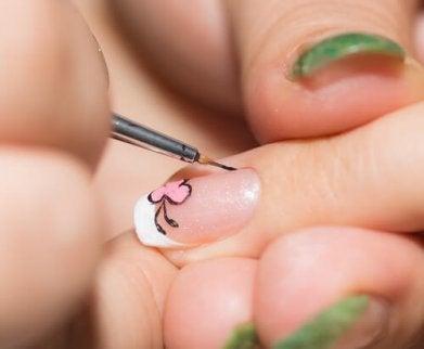 Wzory na paznokciach Zdobienie paznokci