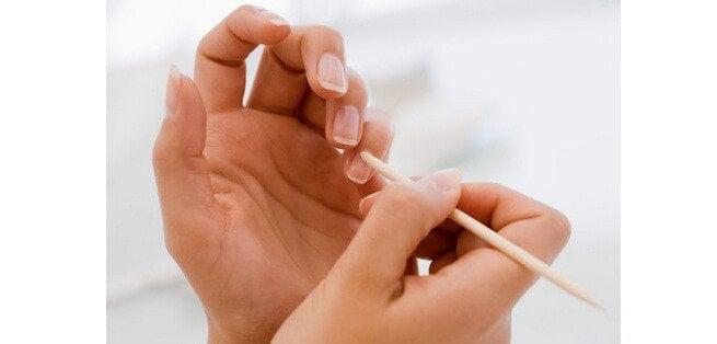zadbane paznokcie olej kokosowy na piękne dłonie