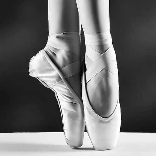 Baletnica a haluksy
