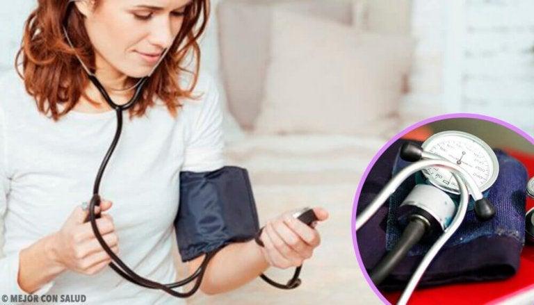 Jak prawidłowo zmierzyć ciśnienie krwi - 8 wskazówek