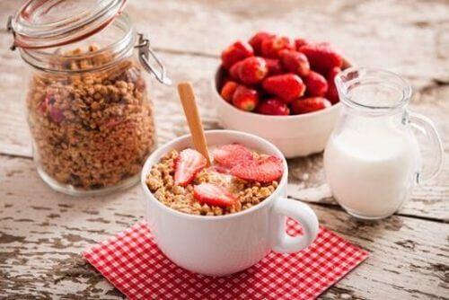 jogurt i płatki śniadanie na zapalenia okrężnicy