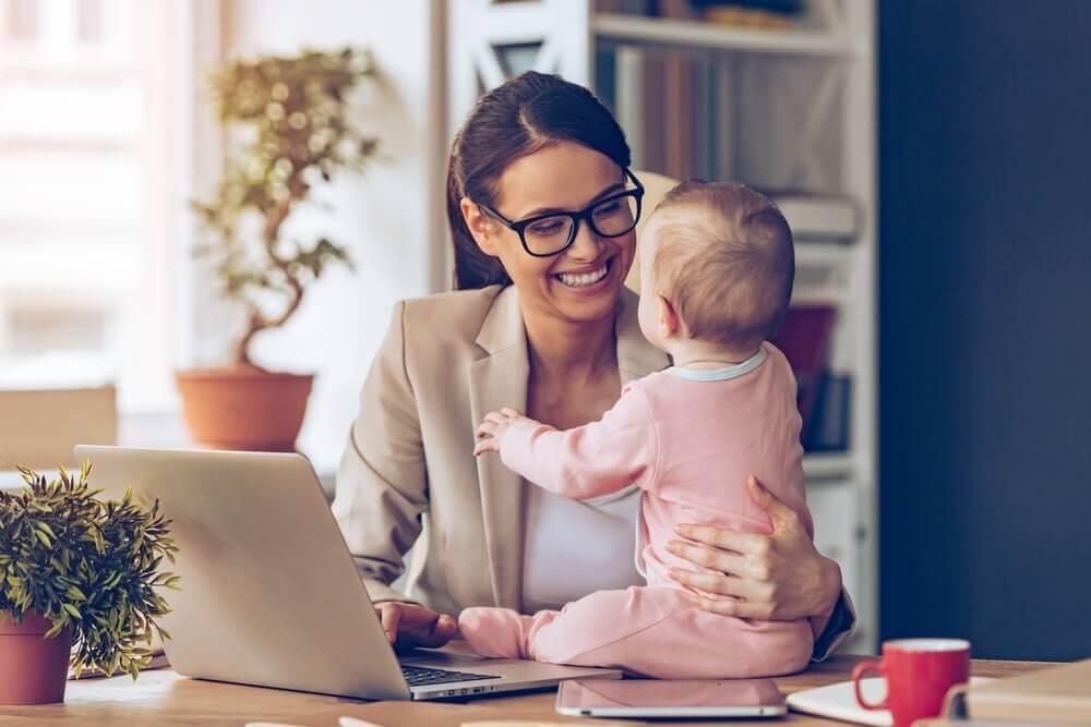 Pracująca mama późne macierzyństwo
