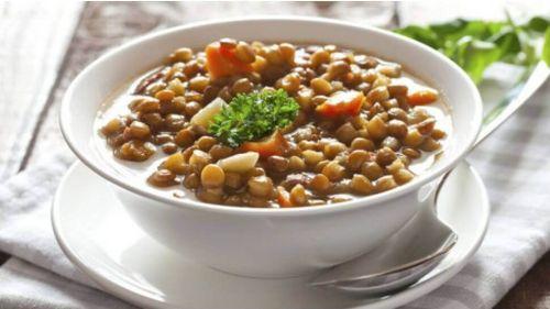 ciężkostrawna zupa z soczewicą pomoże ci sprawdzić, czy masz Zapalenie uchyłków