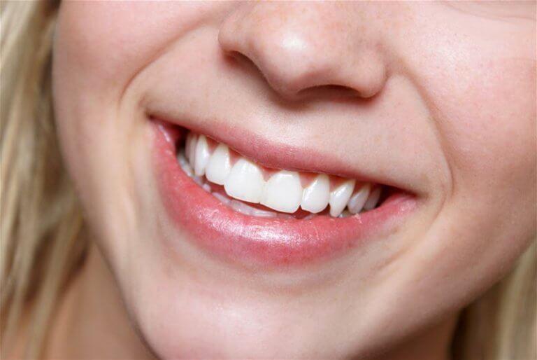 Zęby jedź migdały