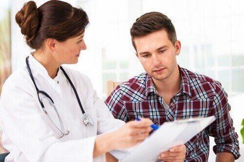 Lekarka z mężczyzną