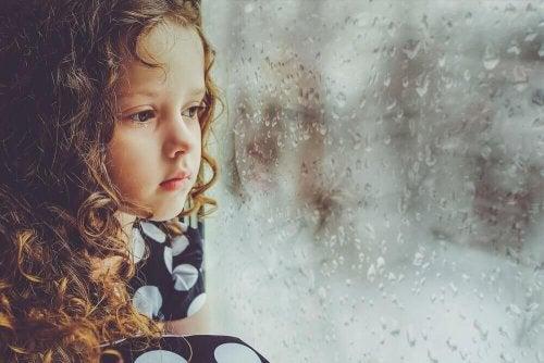 Brak miłości w dzieciństwie – wpływ na dalsze życie