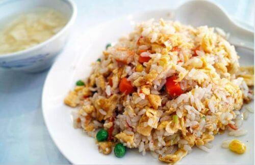 Chiński ryż – wypróbuj ten pyszny przepis