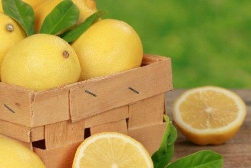 Cytryny na zanieczyszczenia skóry