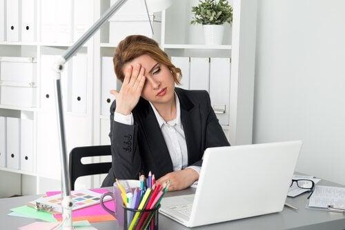 zmęczenie spowodowane siedzącym trybem życia