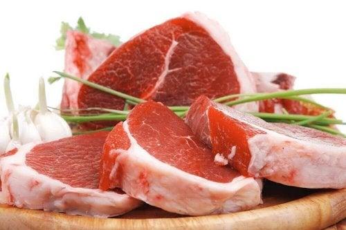 Czerwone mięso - pomoże podnieść poziom żelaza