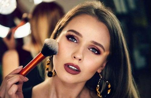 Makijaż dla początkujących – kilka dobrych rad