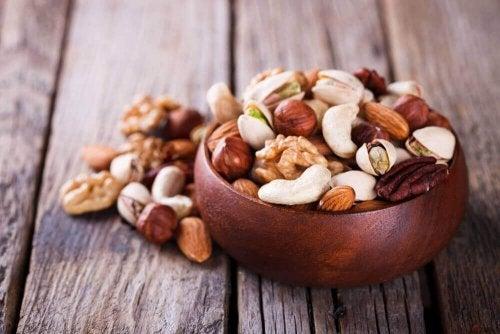 Dlaczego warto jeść orzechy z drzew orzechowych?