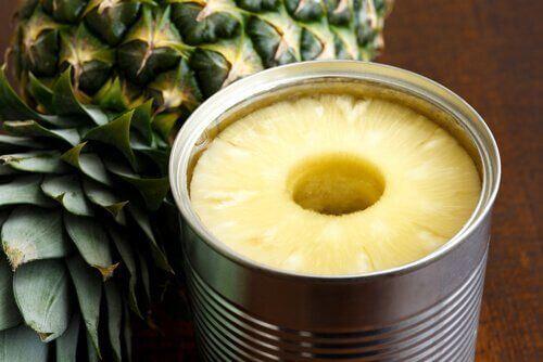 Owoce w puszce Ananas