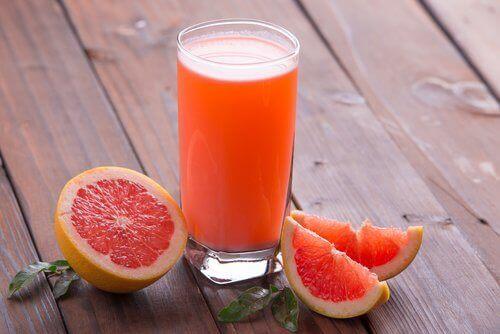 Sok grejpfrutowy napoje odchudzające