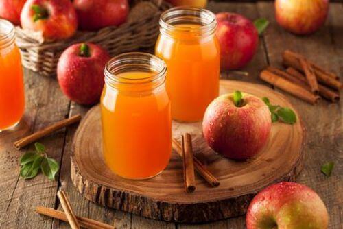 sok jabłkowy na hemoroidy i spalanie tłuszczu