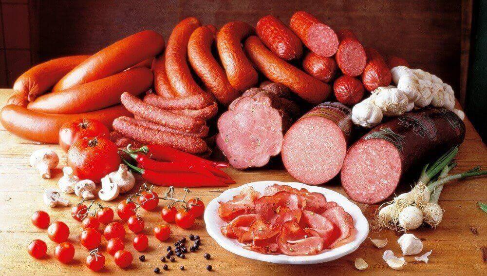 mięso parówki wędliny żywność przetworzona nie jest zdrowa dla diabetycy