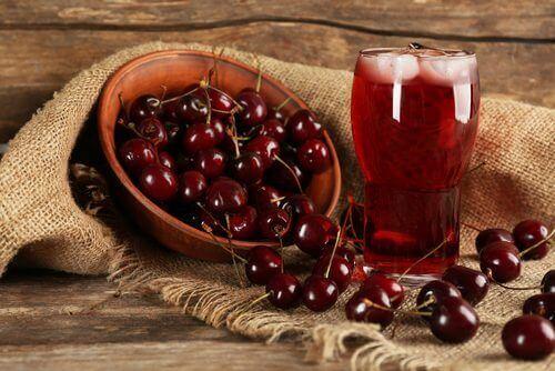 Wiśnie owoce na zapalenie śluzówki żołądka