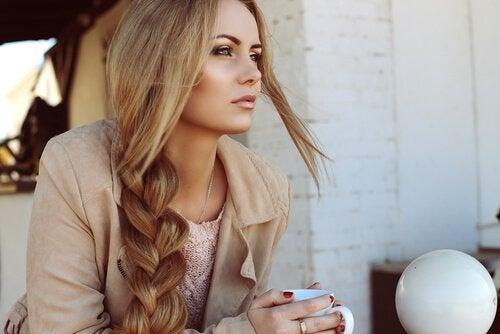 Włosy zdrowe i długie - cztery cenne porady
