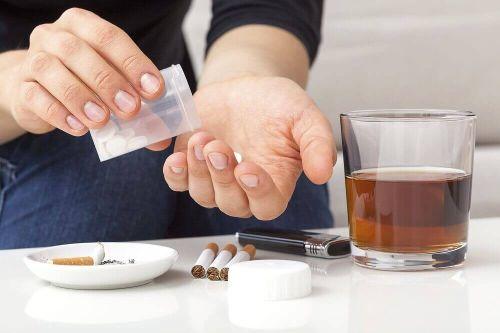 Drink, papierosy i tabletki zwiększenie masy mięśniowej