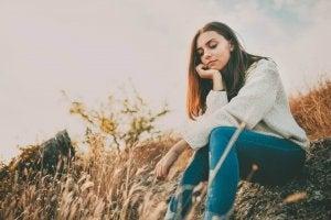 Zaburzenia lękowe i stres, smutna kobieta