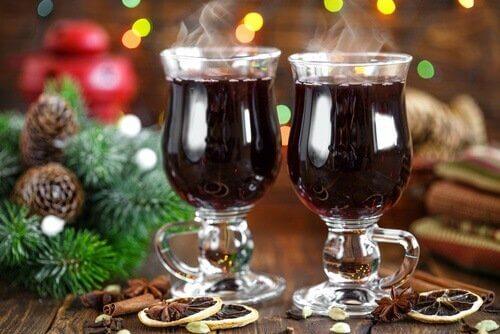 grzane wino - zdrowe koktajle alkoholowe