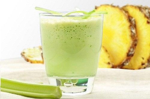Ananasowe smoothie na szybszą przemianę materii