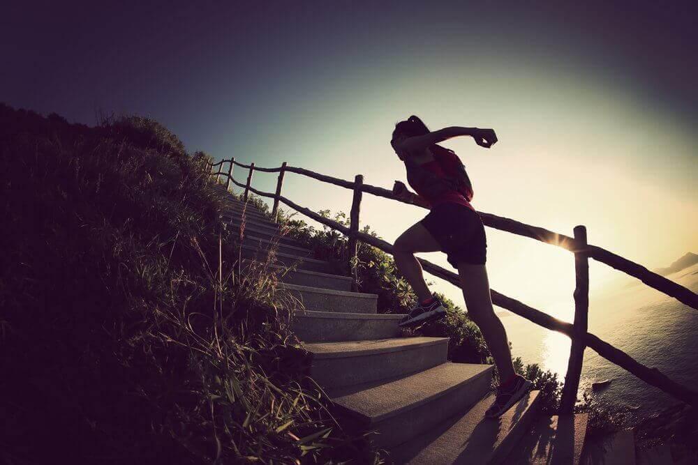jogging po schodach