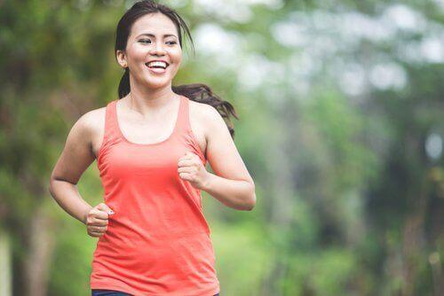 bieganie kobieta sport redukuje zachcianki