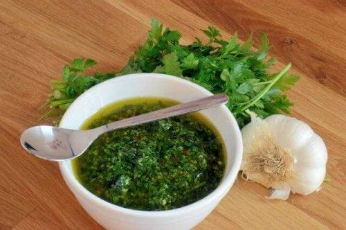 Chimichurri – domowy przepis na argentyński sos
