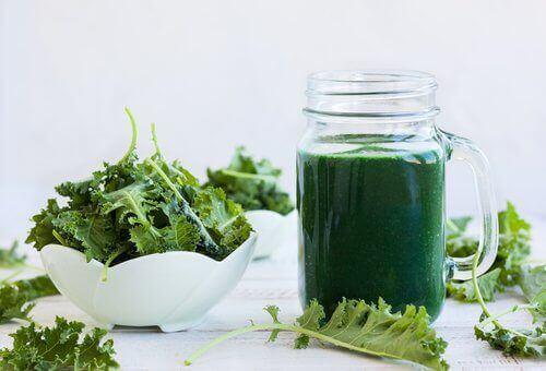 Zielony koktajl bogaty w wapń