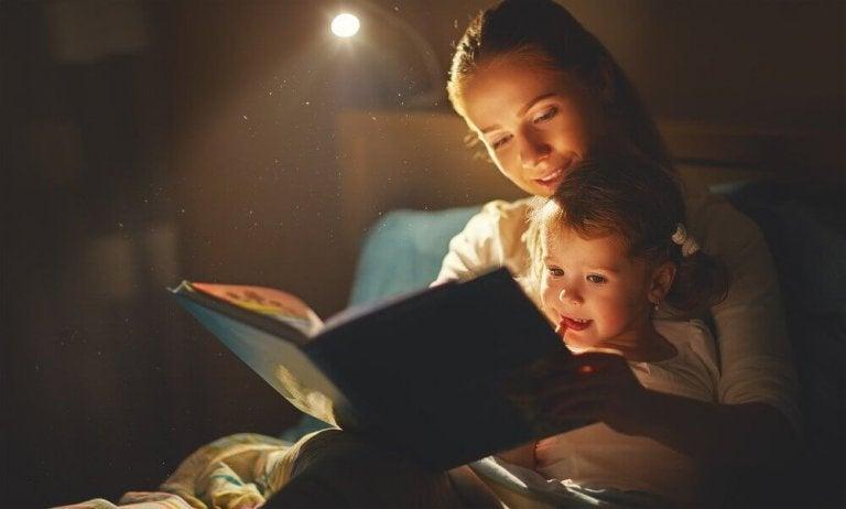 Czytanie przed snem.
