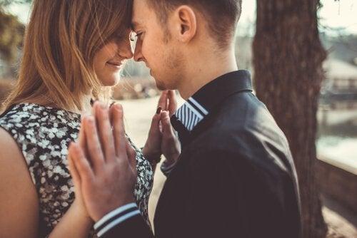 rodzaje miłości szczęśliwa para