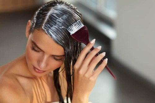 Rewitalizacja włosów - najlepsze domowe sposoby
