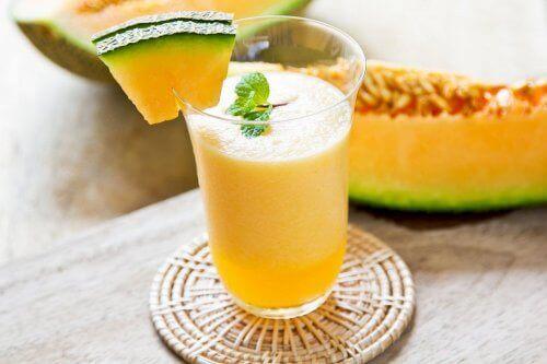 koktajle owocowe z mango