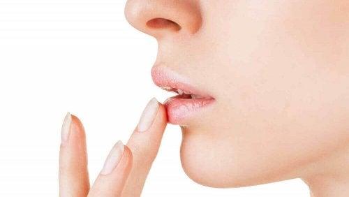 zalety oleju arganowego dla ust