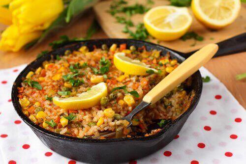 Przepyszna paella – przepis na Hiszpańskie danie