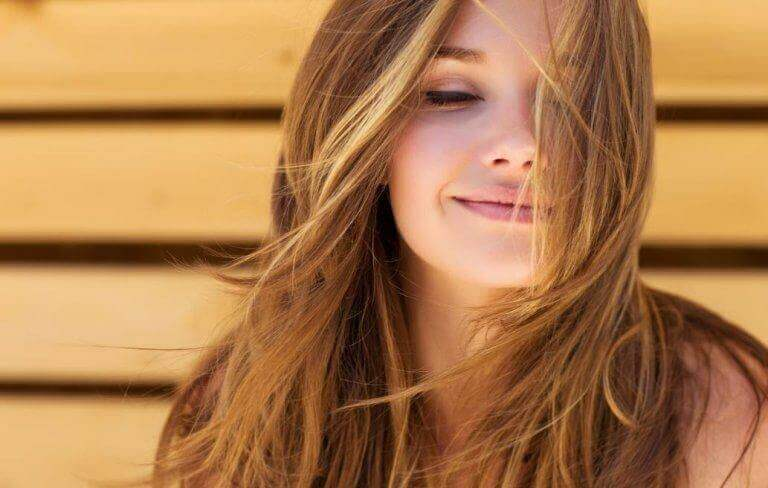 Zdrowe i puszyste włosy - poznaj skuteczne, domowe sposoby