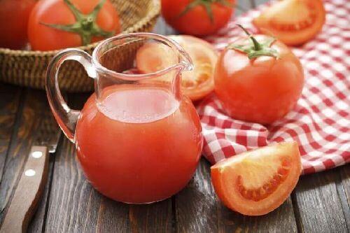 Pomidory sok pomidorowy zdrowa dieta