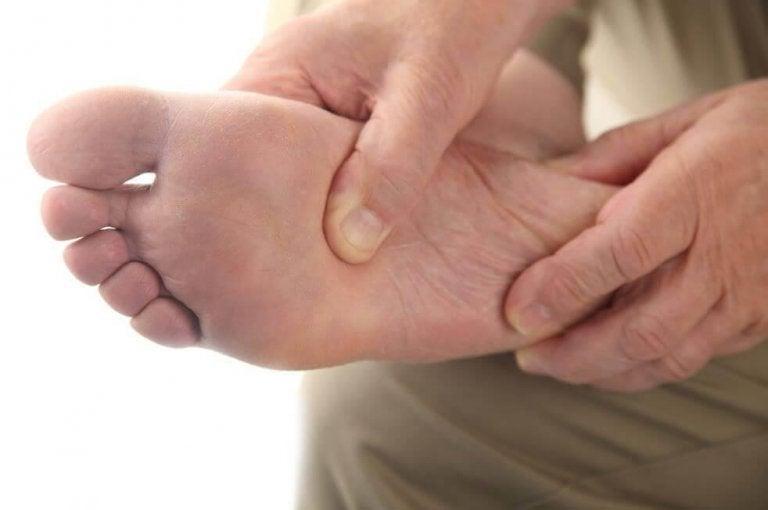 Pielęgnacja stopy cukrzycowej: ogólne wskazówki