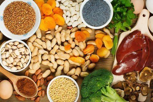 Żelazo – pokarmy, które należy jeść, aby zwiększyć jego poziom