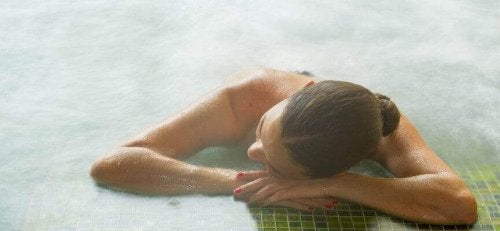 Kąpiel w gorących źródłach.
