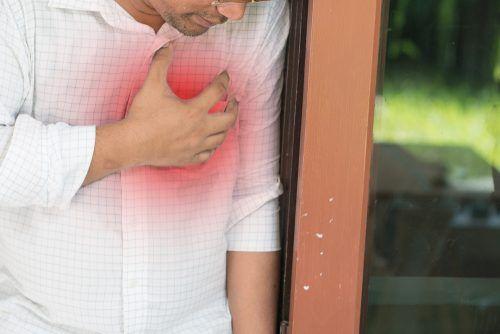 Zapalenie mięśnia sercowego u mężczyzny