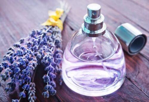 Butelka po perfumach