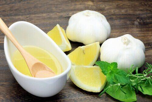 Cytryna i czosnek - naturalne remedium