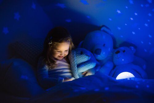 Dziecko po ciemku