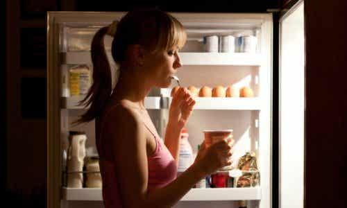 Kolacja – 7 produktów, których należy unikać
