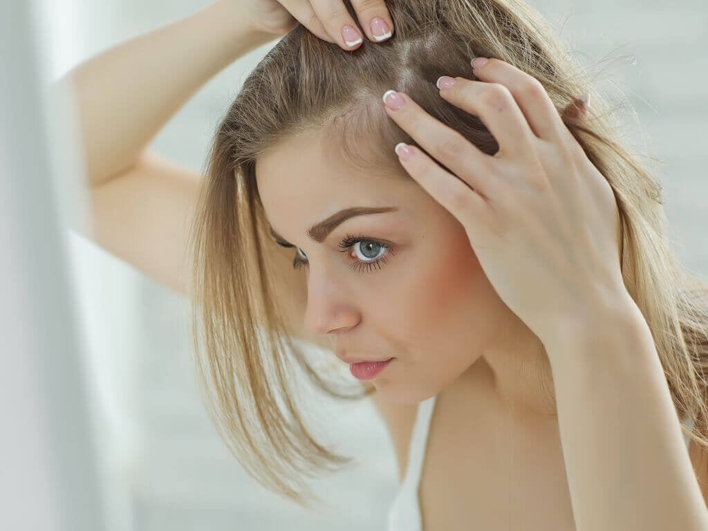 Wrażliwa skóra głowy - 5 naturalnych środków
