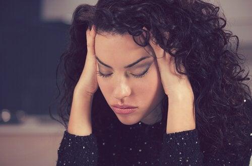 Przewlekłe migreny – FDA zatwierdziła nowy lek