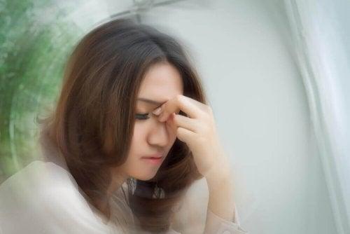 Zawroty głowy - jak je wyleczyć domowymi sposobami