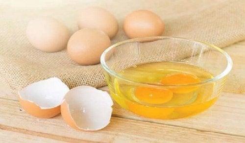 maseczki z jajka żółtka jajko